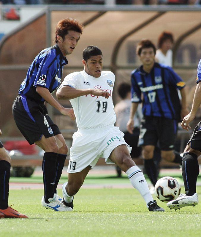 البرازيليون الذين ساهموا في تطوير كرة القدم اليابانية ...