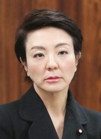 www.nippon.com