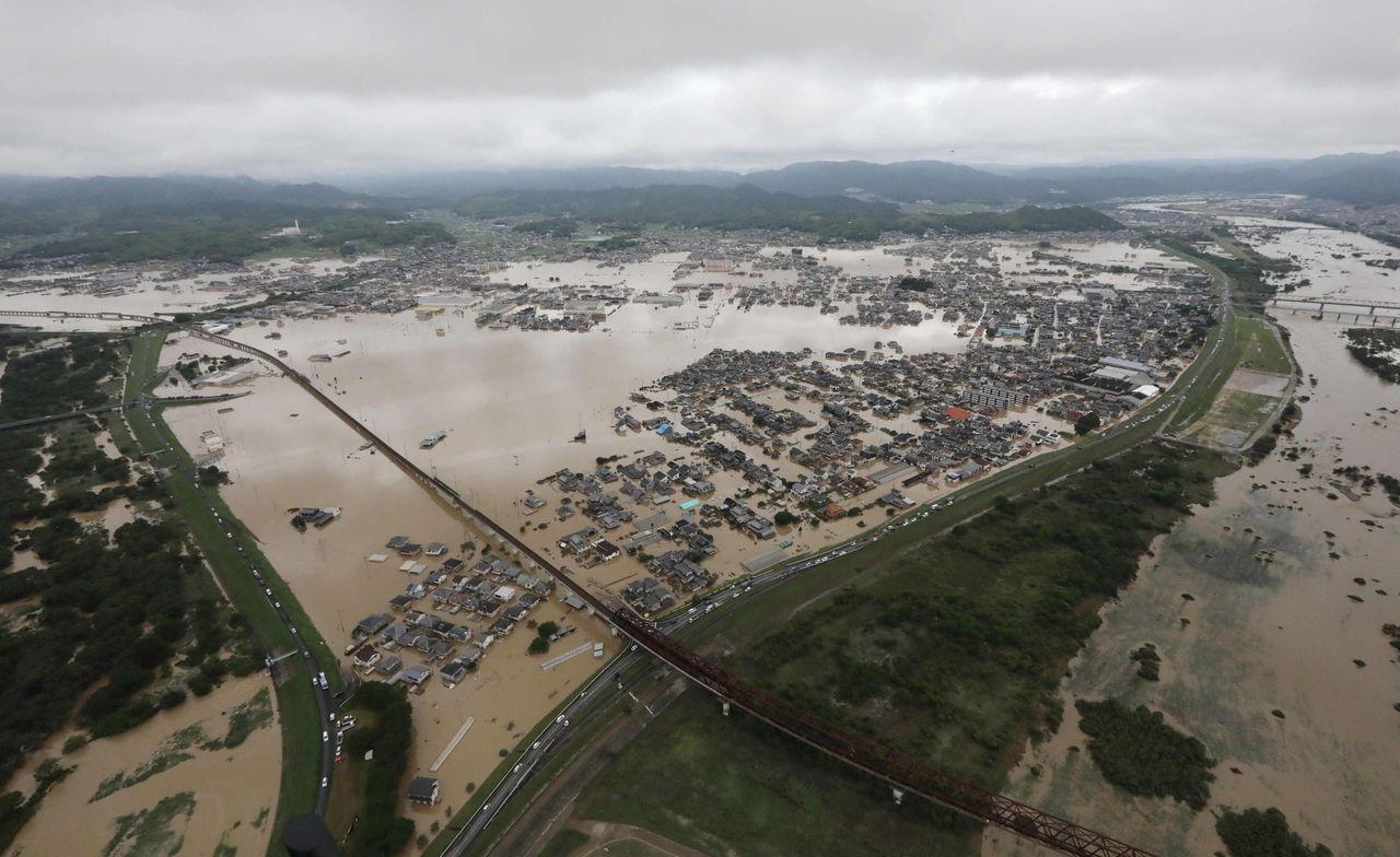 梅雨季节来临,后期要防范区域性暴雨