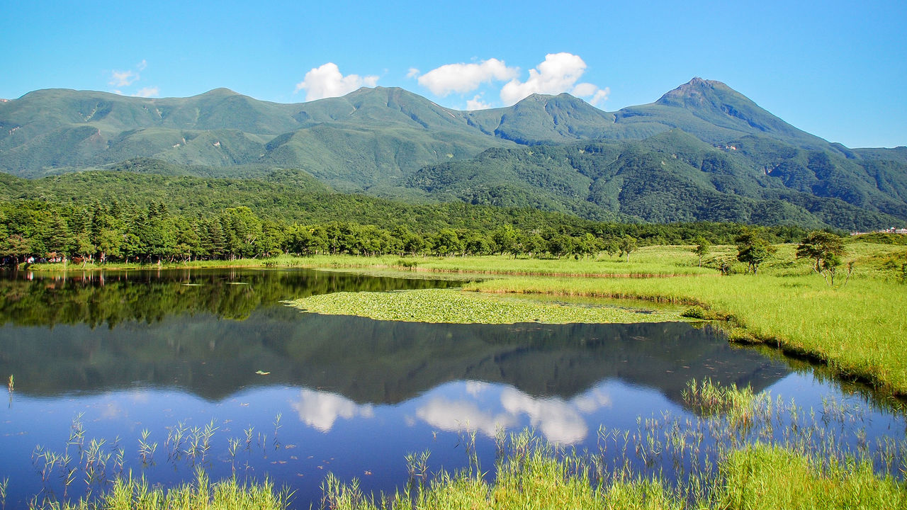 Exploring Hokkaidō's Shiretoko: Lakes, Wild Shorelines ...