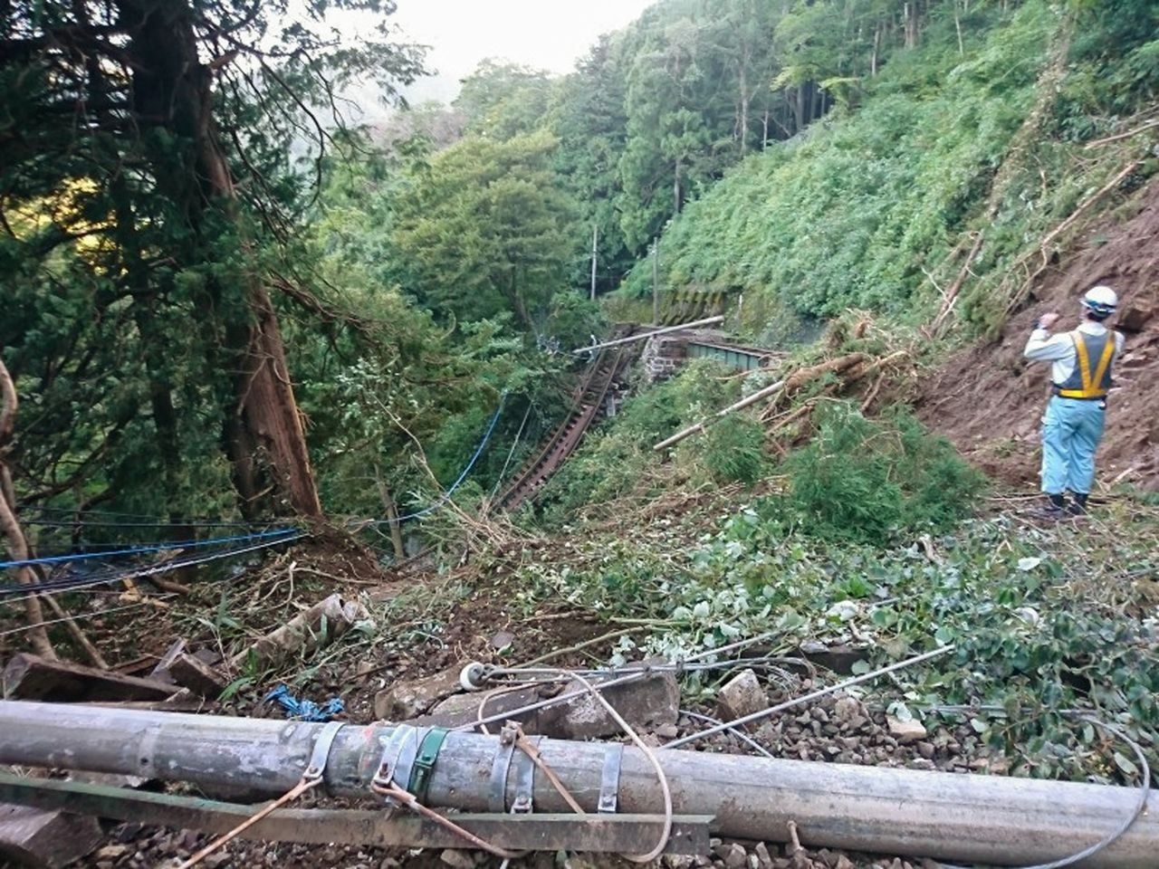 Landslides swept away much of the track between Miyanoshita and Kowakidani Stations, as shown in this photo taken on October 13, 2019. (Photo courtesy of Hakone Tozan Railway; © Jiji.)