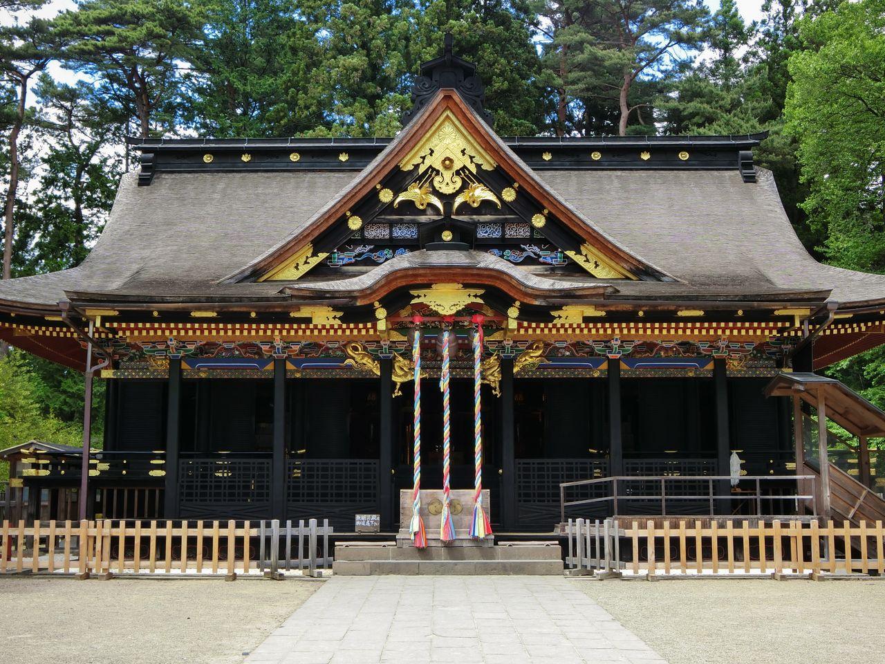 Bangunan kuil adalah contoh arsitektur gongen tertua di Jepang. (Atas izin dari Pariwisata Sendai, Konvensi, dan Asosiasi Internasional)