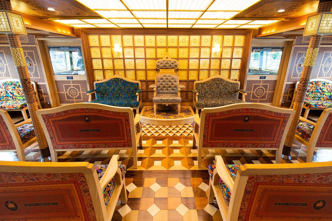Kabin kelas satu Ratu Ashinoko.