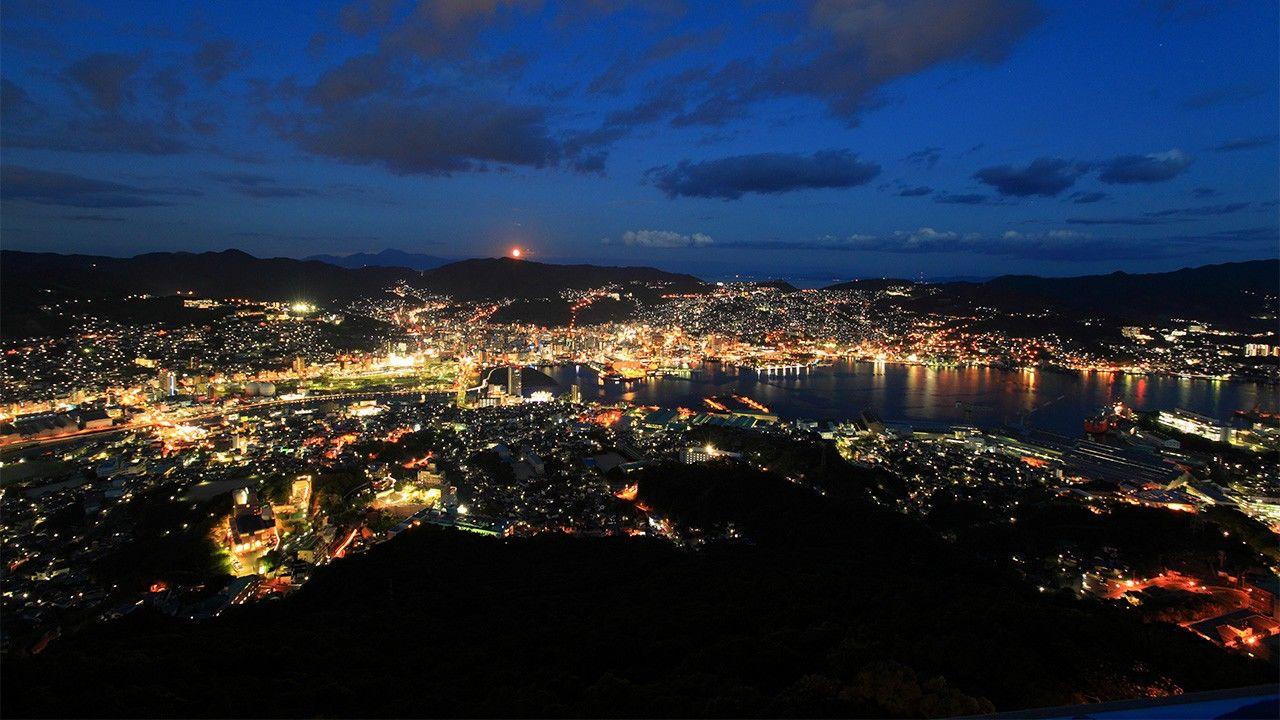 Nagasaki Boasts Japan's Top Night View | Nippon com
