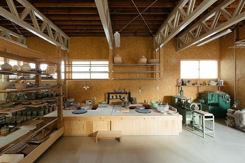The new workshop, where amateurs can also try their hand at making a pot on the wheel.
