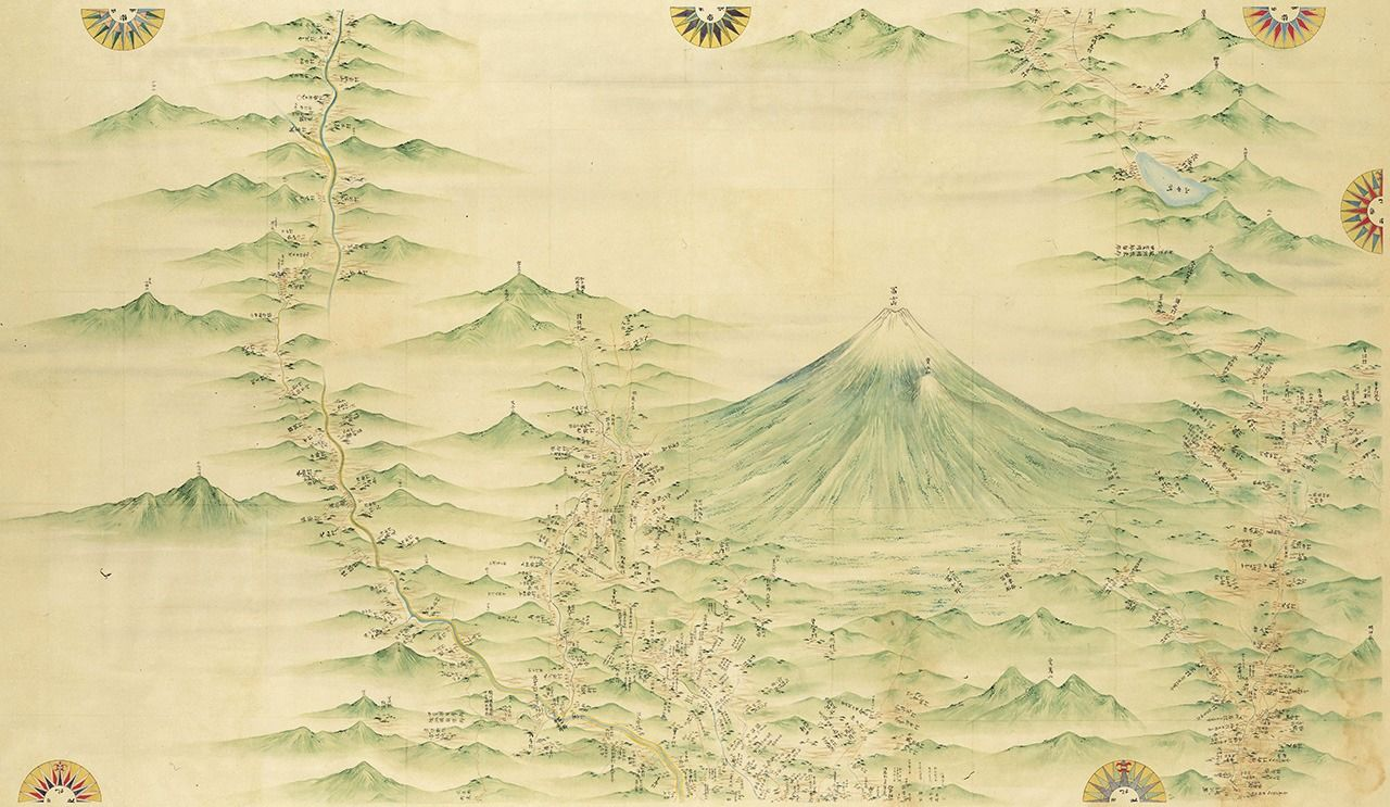 A section of Inō Tadataka's map of Japan showing Mount Fuji and surrounding areas at 1:36,000 scale. It is 1 of 214 individual, hand-drawn sheets that make up the series. (Courtesy of the National Diet Library)