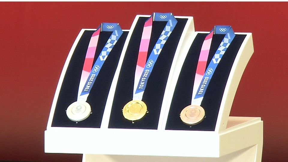 Winter Olympics 2020 Medals.Behind The Making Of The Tokyo 2020 Medals Nippon Com