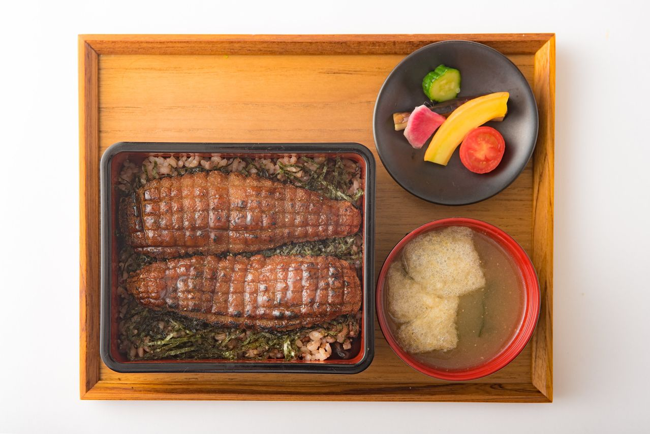 A hit with foreign diners, this imitation eel dish puts a modern spin on shōjin ryōri.