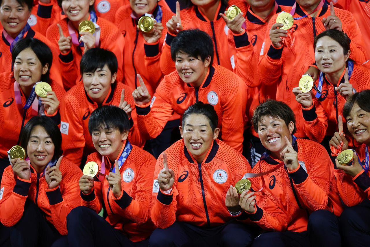 Olympics-Softball-Japan win gold in 2-0 shutout of United States; Canada take bronze - Nippon.com