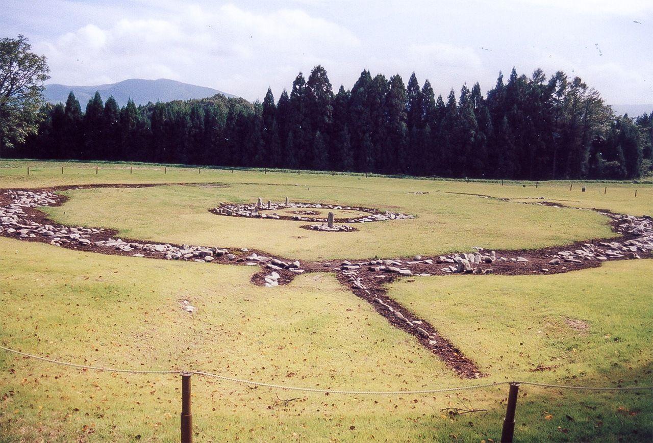 Cercle de pedres de Ōyunonakadō, a la ciutat de Kazuno (prefectura d'Akita). (Fotografia cortesia de la Comissió Municipal d'Educació de Kazuno)