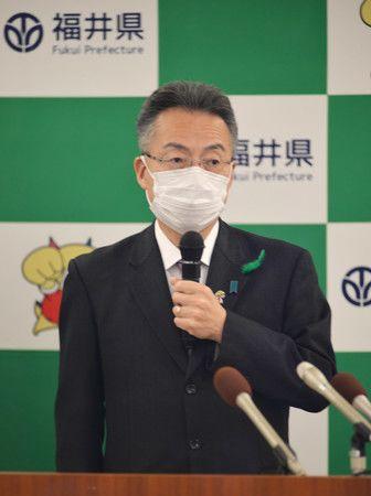 Le gouverneur de la préfecture de Fukui, Sugimoto Tatsuji
