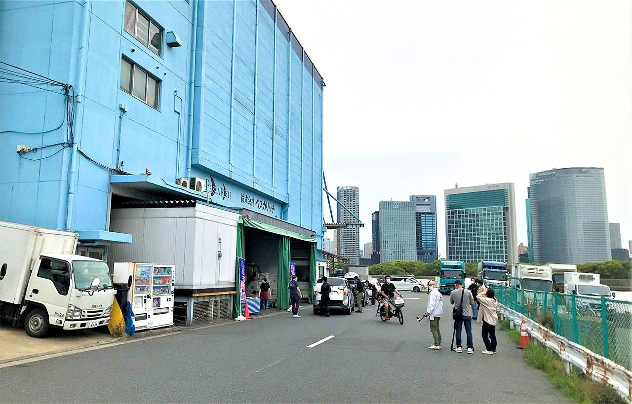 市場 ドライブ スルー 大田