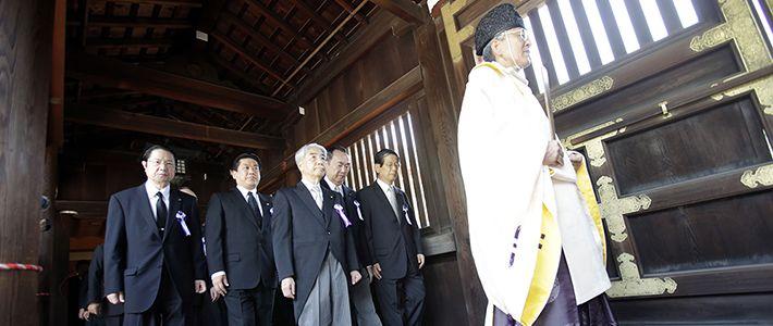 靖国神社に終戦記念日の8月15日に参拝に ...
