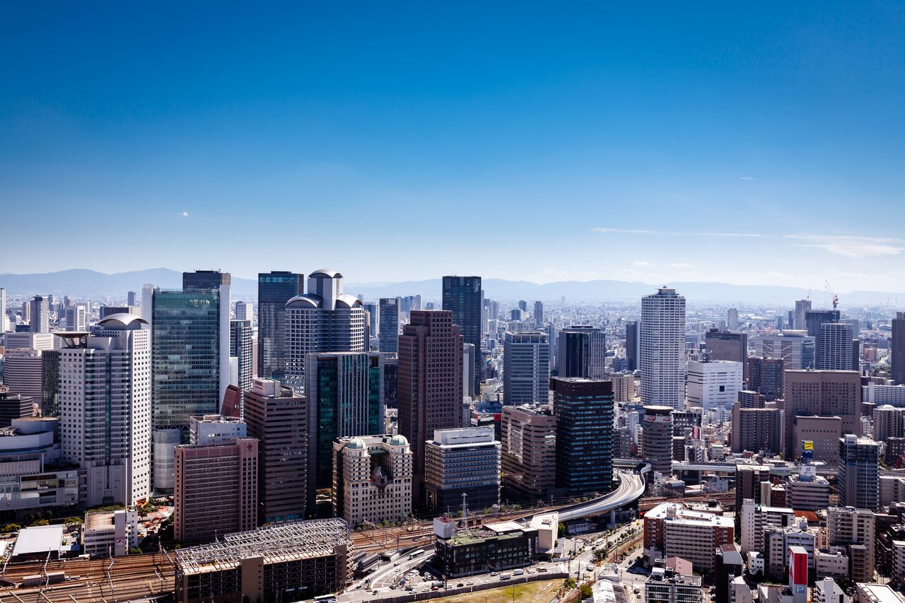 目指すは「副首都」!? : 大阪と東京を比べてみる | nippon.com