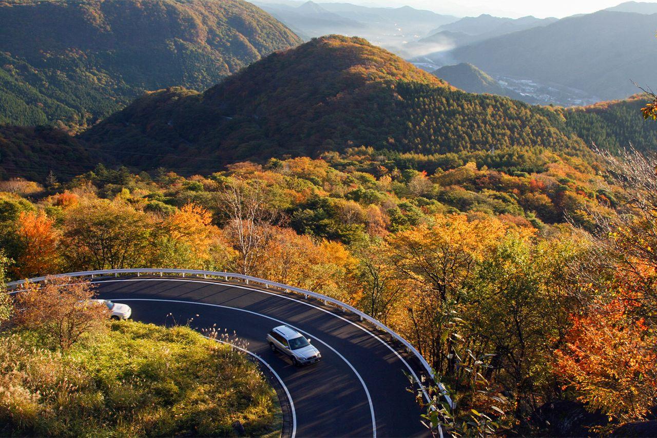 Перевал Ирохадзака, популярное в осеннее время место (фотография Ассоциации туризма и продукции префектуры Тотиги)