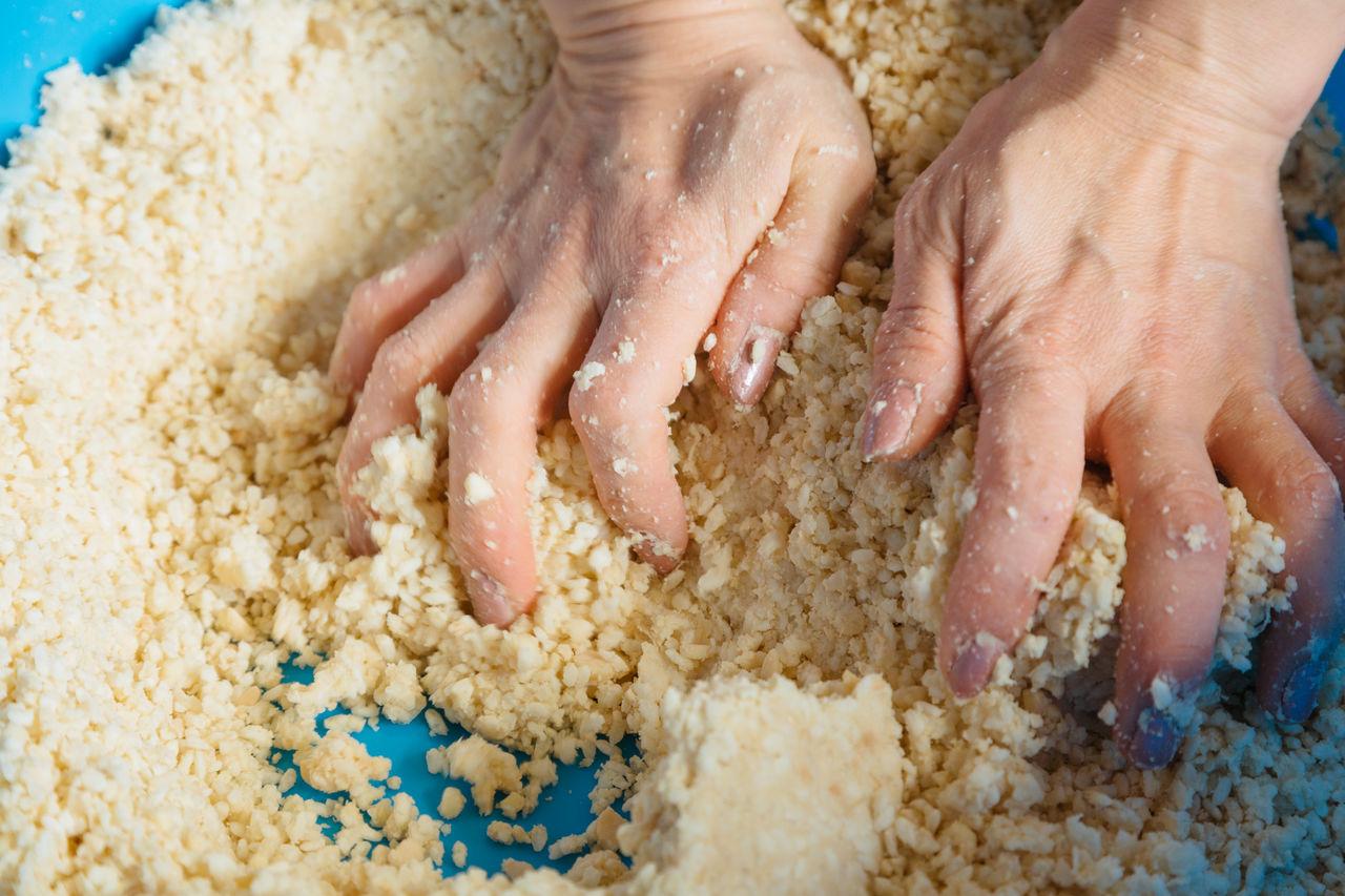 Тщательное смешивание ингредиентов – важнейший фактор приготовления вкусного мисо