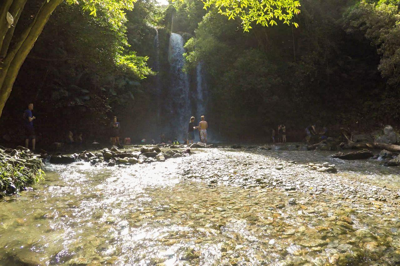 Десятиметровый водопад Татаки (предоставлено OCVB)