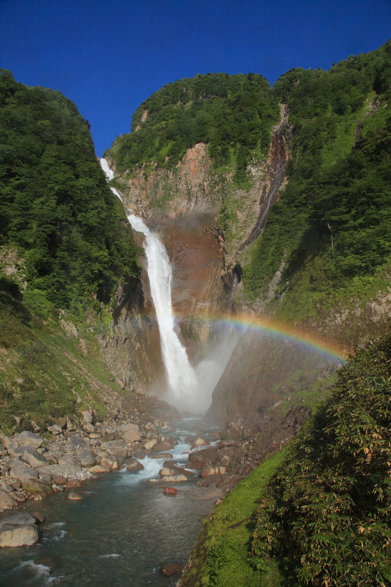 Радуга на водопаде Сёмёдаки