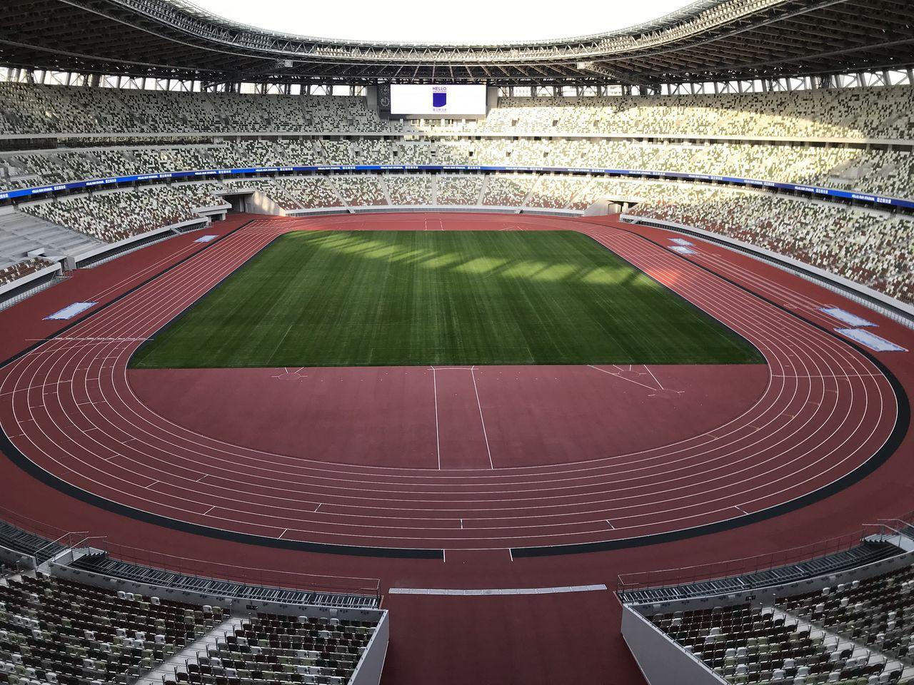 Национальный стадион (фотография Амано Хисаки)