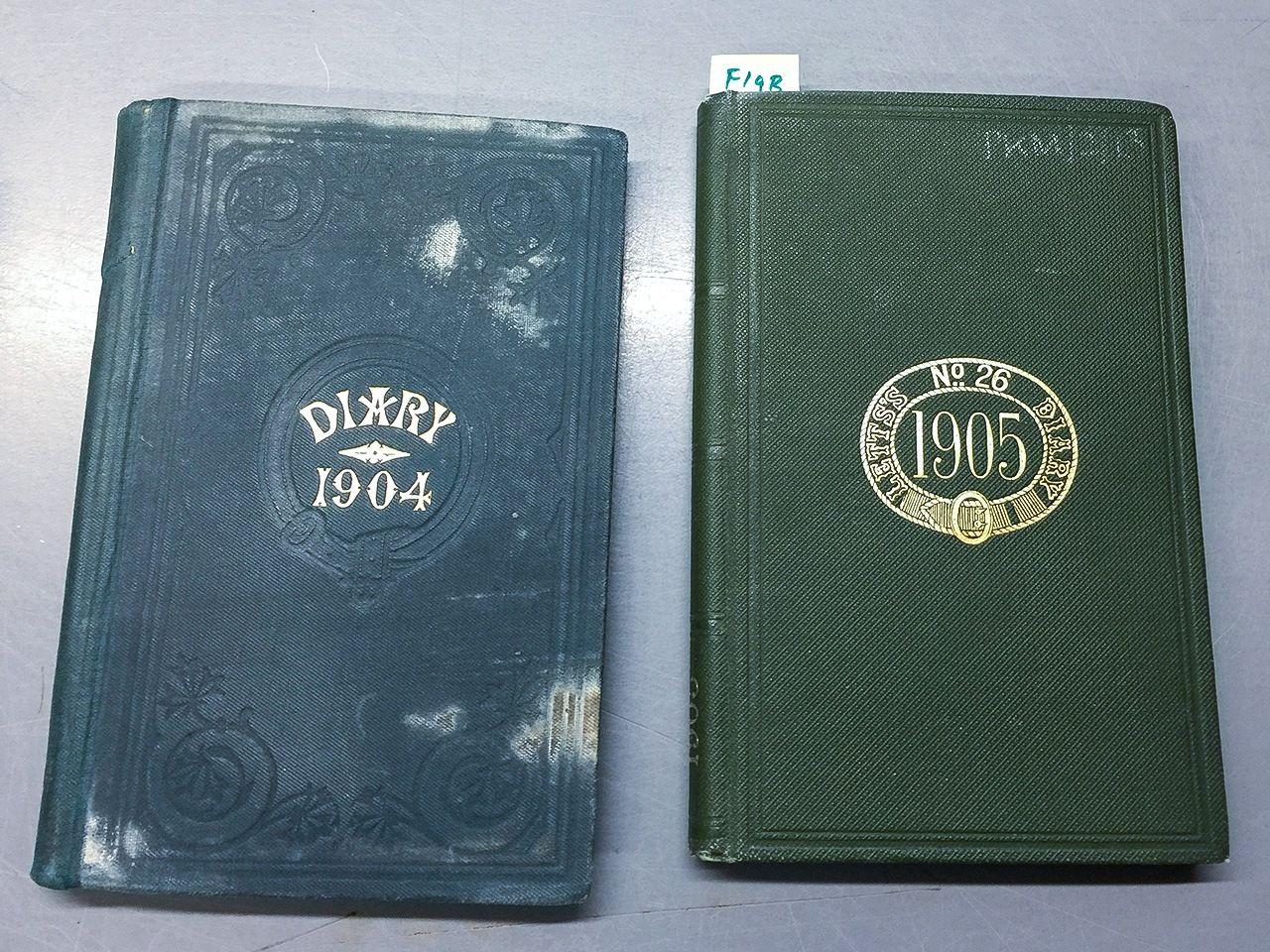 Дневники Уильяма Пакенема за 1904 (слева) и 1905 (справа) годы. Снимок сделан автором статьи (при любезном содействии Национального морского музея Великобритании)