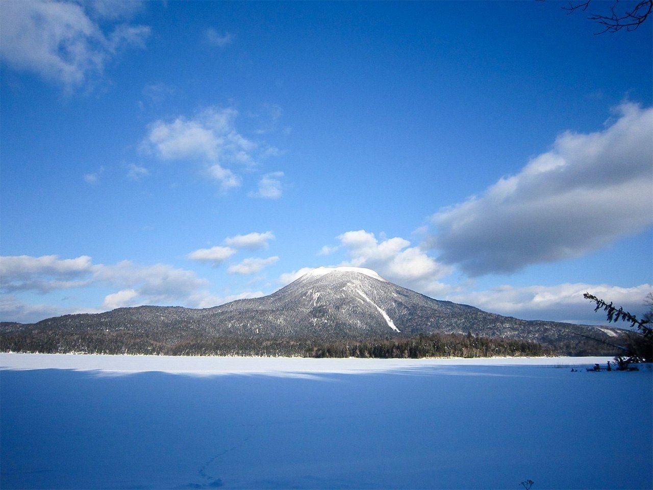 Вид на гору Оакан в зимний период