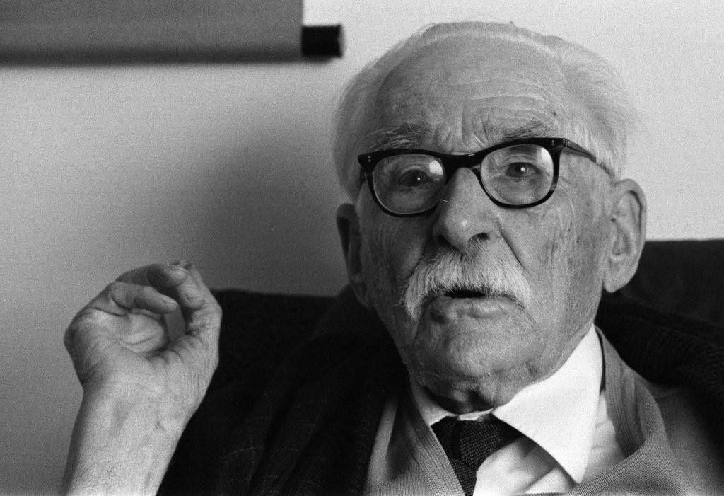 Бернард Лич в возрасте 90 лет (фото Като Сэцуо)