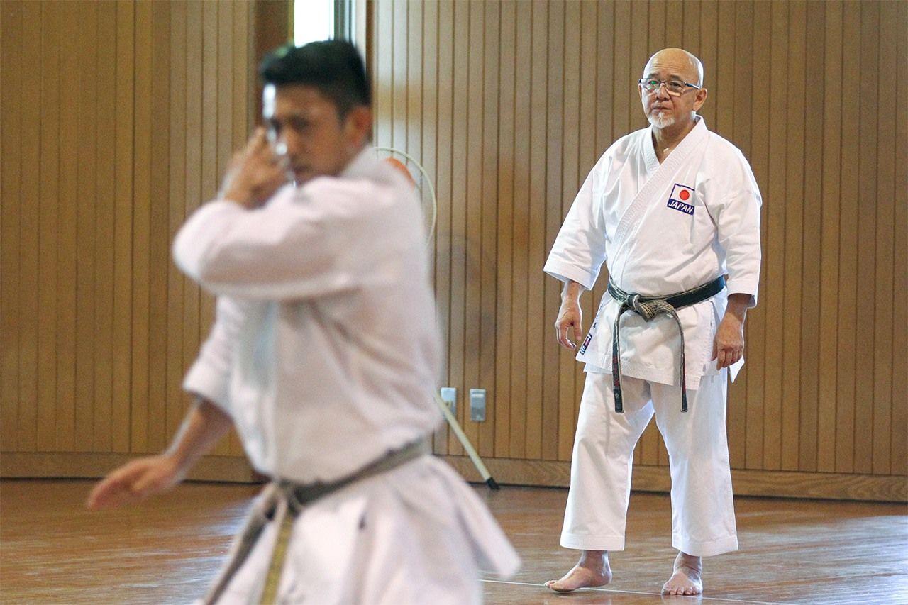 Сакамото Цугуо тренирует Киюну